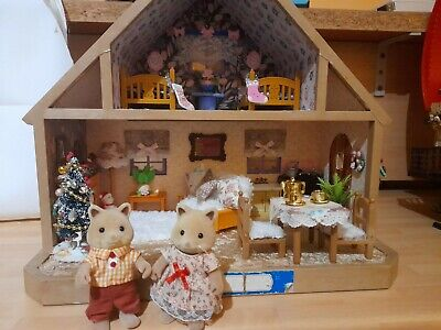 £39 • Buy Sylvanian Families Vintage  Red Roof Cottage. Ooak Decorated  Woodland Lodge .