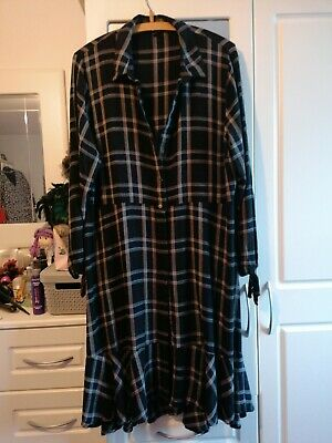 £8 • Buy Lovely Navy Check Button Front Dress Size 20 From Capsule