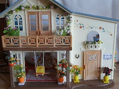 £49 • Buy Sylvanian Families Hillcrest.Ooak. Beautifully Decorated & Furnished .