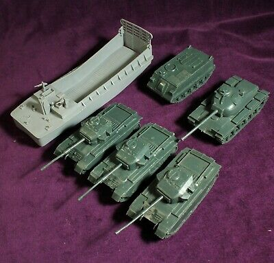 £27.99 • Buy VINTAGE AIRFIX ATTACK FORCE TANKS LANDING CRAFT CARRIER 1/72 Churchill Patton