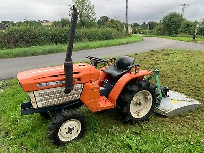 £4395 • Buy Kubota B1500 Compact Tractor And 4 Foot Topper