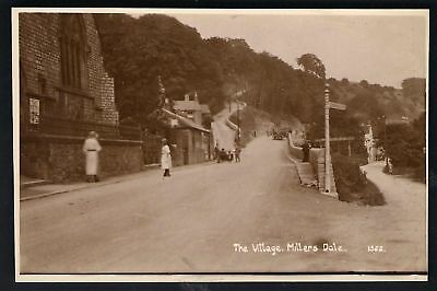 Millers Dale. The Village By Sneath # 1522. • 15£