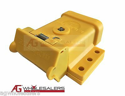 AU14 • Buy Yellow Anderson Plug Mounting Kit 50a  Mount Cover Dust Cap External Trailer