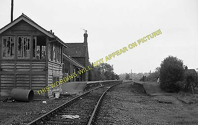 Snettisham Railway Station Photo. Dersingham - Heacham. Hunstanton Line. (10) • 3.50£