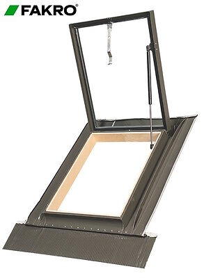 £104 • Buy FAKRO WGI New With Gas Spring 46 X75cm Skylight Access Roof Window With Flashing