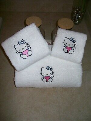 Embroidered Personalised Hello Kitty 3 Piece Embroidered Bath Towel Set  • 20.78£
