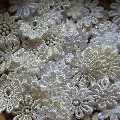 Assorted WHITE/CREAM 10-25mm Guipure Lace Daisy Motifs Sew On Flower Appliques • 2.85£