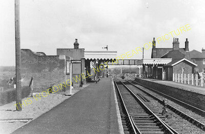 Dersingham Railway Station Photo. Wolferton - Snettisham. Hunstanton Line. (15) • 3.50£
