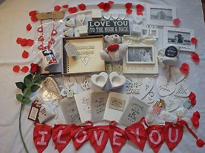 Valentines Gifts Cards Hearts Love Photo Frames Keepsakes Wedding Planner Hearts • 1.89£