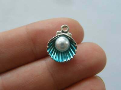 6 Pearl In Oyster Shell Blue Charms Silver Tone FF392 • 1.95£