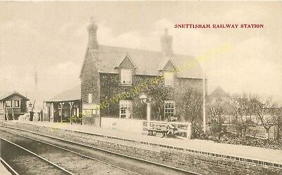 Snettisham Railway Station Photo. Dersingham - Heacham. Hunstanton Line. (2) • 3.50£