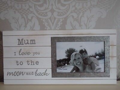 Mothers Day Gift Mum I Love You To The Moon And Back Photo Frame 6 X 4 Wooden  • 13.99£