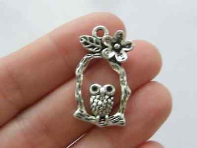 6 Owl Charms Antique Silver Tone B255 • 1.95£