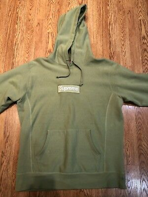 $525 • Buy Supreme Box Logo Hoodie Green Large