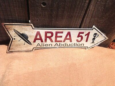 Area 51 Alien Abduct This Way To Arrow Sign Directional Novelty Metal 17  X 5  • 13.95$