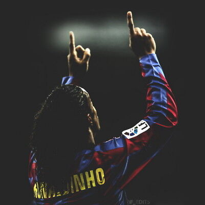034 FC Barcelona - Ronaldinho Classic Football Team Sports 24 X24  Poster • 5.55£