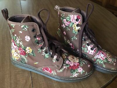 Dr Martens Shoreditch Airwair Flowered Floral Canvas Lace-Up Boots Size 6 • 45$