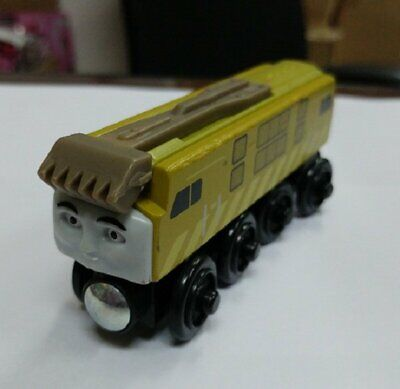 Loose Pack Learning Thomas Wooden Magnetic Train - Diesel 10 Head • 14.50£