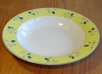 Royal Doulton BLUEBERRY Soup Plate Or Bowl Rimmed • 5.95£