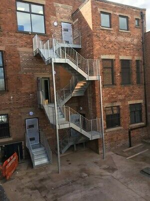 Galvanised Steel Staircase Fire Escape 8 Flights • 0.99£