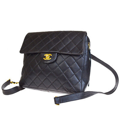 Auth CHANEL CC Logos Quilted Chain Backpack Bag Leather Black Vintage  676L769 • 1 c3d9ee0fbaf17
