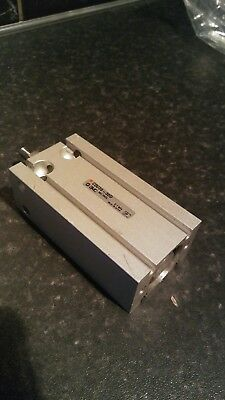 Smc Pneumatic Cylinder Cdu20-30d Unused  Stock • 30£