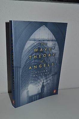 $ CDN18.26 • Buy The Wave Theory Of Angels By Alison MacLeod 1st/1st 2005 Penguin Paperback