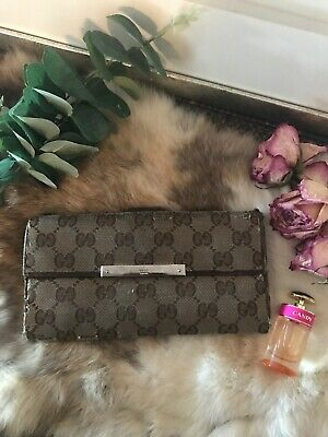 $95 • Buy 100% Authentic GUCCI Leather GG Pattern Canvas Bi-fold Long Wallet Vintage
