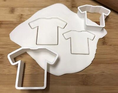 £3.50 • Buy Football/T Shirt Cookie Cutters Set Of 2, Biscuit, Pastry, Fondant, Bread Cutter