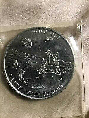 Rare 1969 MANS FIRST MOON LANDING SILVER  COMMEMORATIVE MEDAL APPOLO 11  • 120£