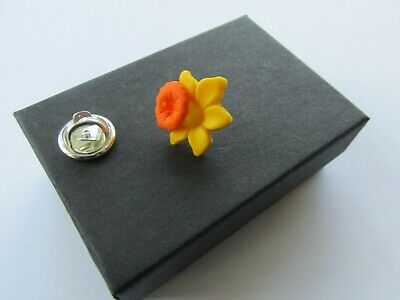 £3.25 • Buy Handmade Yellow Spring Daffodil Brooch Tie Lapel Tac Marie Curie Charity 12872A
