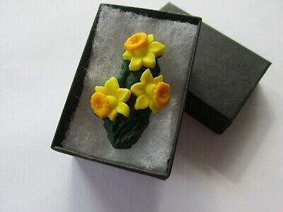 £4.25 • Buy Handmade Yellow Spring Daffodil Brooch Pin - Marie Curie Donation Charity - UK