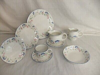 £3.99 • Buy C4 Porcelain English China Royal Doulton Expressions - Windermere (1990) - 5E3A