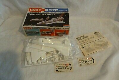 Monogram Space Shuttle Challenger Snap Tite Model Kit 1014 • 34.99£
