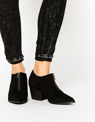 YRU Shoes Stallion Exposed Zipper Ankle Boot Bootie Size 6 39 • 35£