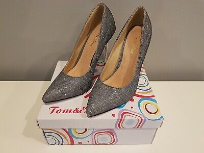 New Pewter Tom&Eva 4 Inch High Heel Shoes Size 4. • 8£
