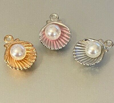 Tibetan Alloy Antique Silver Sea Shell Conch With A Pearl Oyster • 1.45£