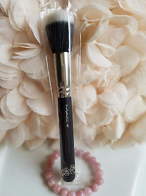 $24 • Buy MAC 187 Duo Fiber Face Brush Discontinued New In Sleeve