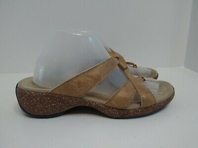 $19.49 • Buy Merrell Sundial Cross Gold Tan Strappy Cork Wedge Thong Sandals Women's Size 10