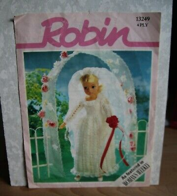 Sindy's Wedding Dress Ref 13249 In 4 PLY. Pattern By Robin • 2.50£