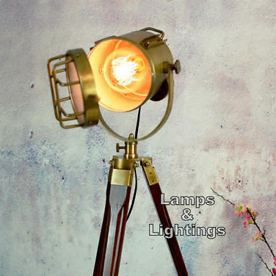 Retro Chic Classic Theatre/Stage Light Tripod Stylish Floor Lamp Industrial Item • 76.49£