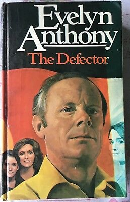 Evelyn Anthony The Defector 1st Edition 1980. • 2.99£