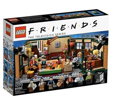 LEGO FRIENDS Central Perk Cafe Ideas Set 21319 IN HAND!! Rare! Ready To Ship! • 85$