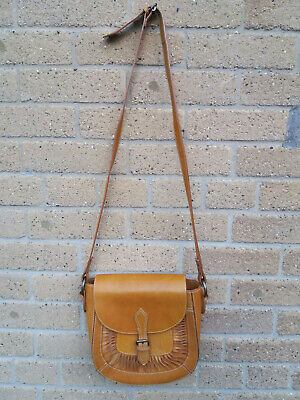 Women's Accessorize Leather Tan Shoulder Sadle Bag • 13.99£