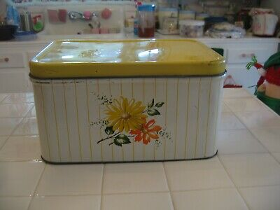 $38.50 • Buy   Vintage Decoware Tin Bread Box With Yellow Orange Daisies With Hinged Lid
