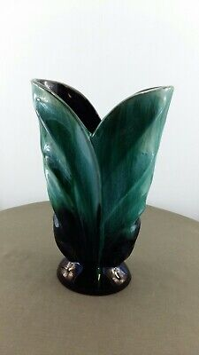 $ CDN17.99 • Buy Blue Mountain Pottery Split Leaf Vase