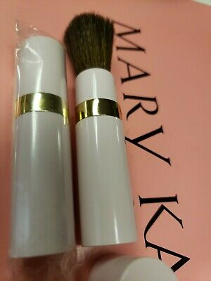 $39.99 • Buy Mary Kay Pink Round Brush 3  Sable Bristle Makeup Twist Up To Open GOOD DEAL