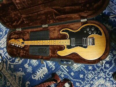 AU1050 • Buy Peavey T-60 Electric Guitar With Original Case