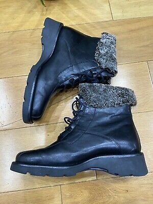 Previously Owned Black Leather Mens Boots With Faux Fur Trimming EUR Size 42 • 17£