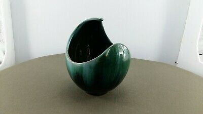 $ CDN18.99 • Buy Blue Mountain Pottery Half Moon Planter /vase